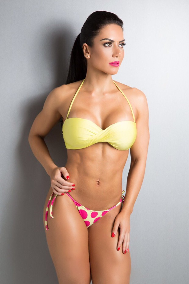 3 Graciella Carvalho