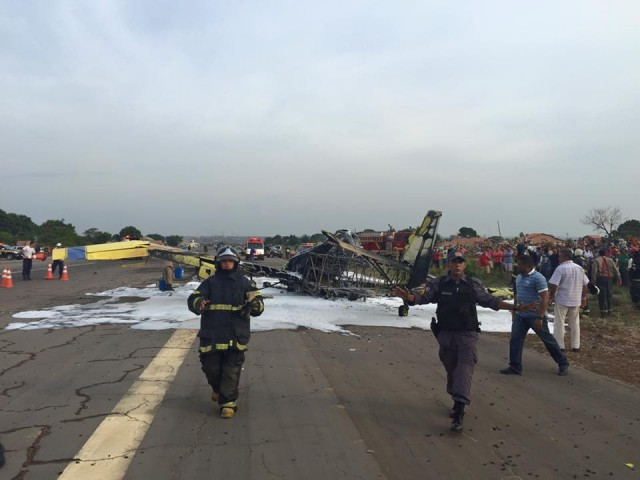 4 Avião cai, explode e uma pessoa morre carbonizada em Balsas