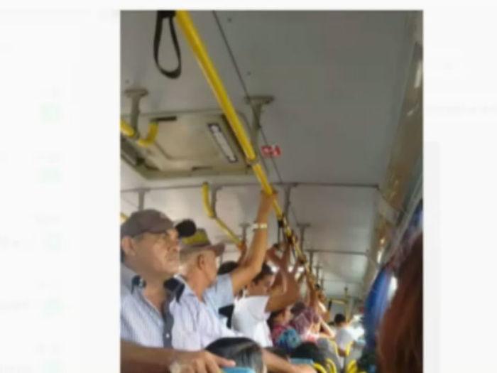 Passageiros sofrem diariamente para pegar ônibus em José de Freitas; vídeo