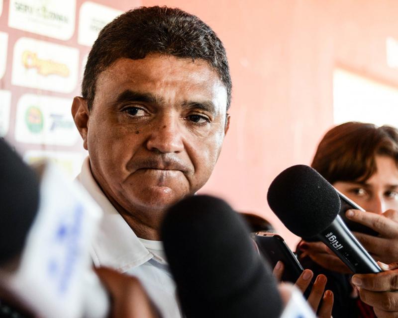 Técnico do River receberá título de cidadão teresinense na quinta-feira