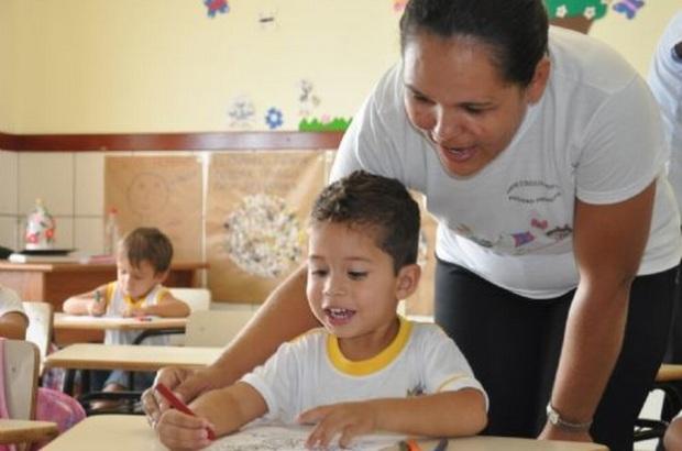 NUCEPE e Prefeitura de Parnaíba comunicam processo seletivo para contratação de professor da educação básica