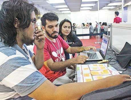 No Piauí, jovens criam propostas de negócios através de aplicativos