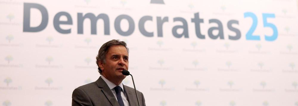 """Aécio Neves apóia golpe e já fala em governar """"em breve"""", junto com DEM"""