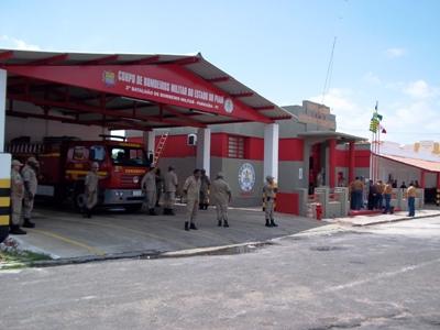 Resultado de imagem para corpo de bombeiros em parnaiba