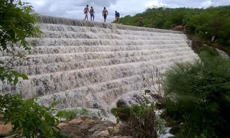 Barragens no Piauí proporcionam espetáculo e tragédia