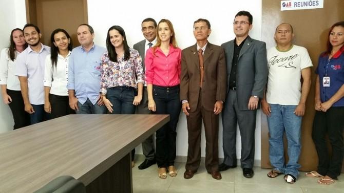 Os atuais representantes da OAB Subseção Parnaíba e colaboradores, da esquerda para a direita, Márcia, Clidenor, Paula, Fernando, Marcos e Fátima.