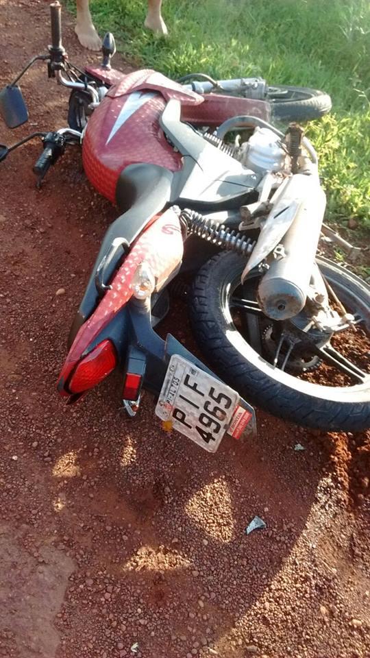 Jovem morre em acidente e fica com fratura exposta na BR-343_04