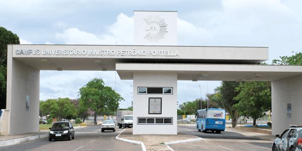 UFPI lança concurso com vagas para professor