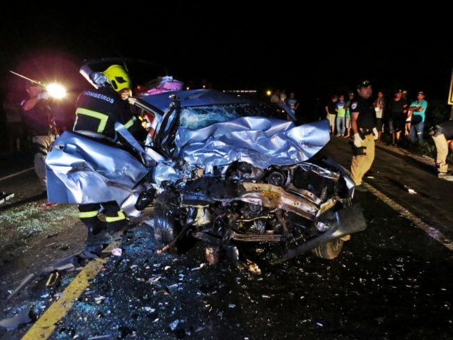 Mãe e filha recém-nascida morrem após uma colisão entre veículos na BR-343 próximo a Parnaíba_06