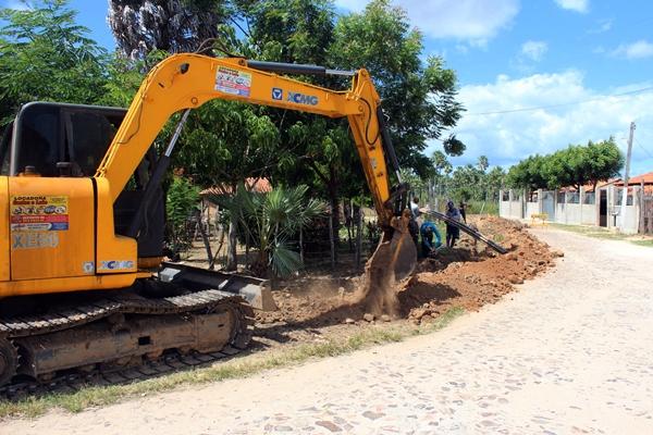 Reconstrução de galeria e abastecimento de água tem início na Ilha de Santa Isabel