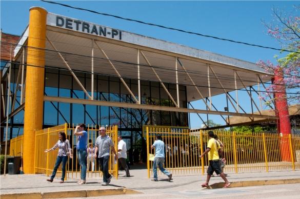 Contribuintes têm até esta sexta-feira para negociar débitos junto ao Detran-PI; saiba