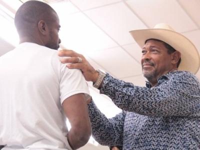 Enquanto se recupera, pastor Valdemiro pede dinheiro aos fiéis