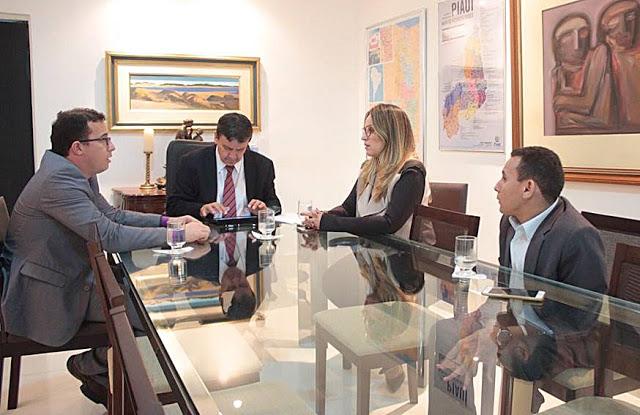 Prefeito Júnior Percy se reúne com Wellington Dias e trata de ações para Buriti dos Lopes