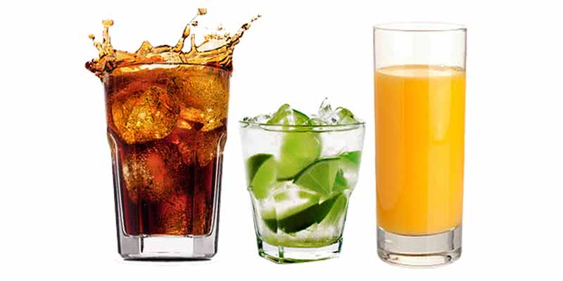 Refrigerante e refresco artificial são banidos da merenda