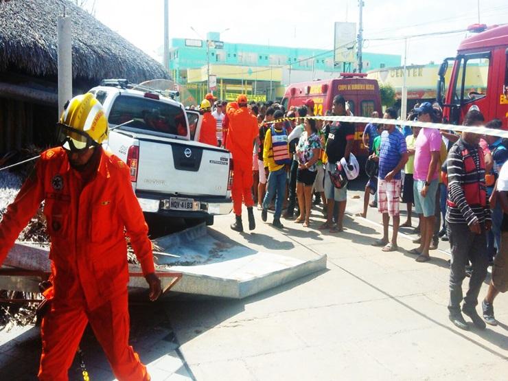 Carro invade o restaurante Mirante e deixa três feridos, em Parnaíba