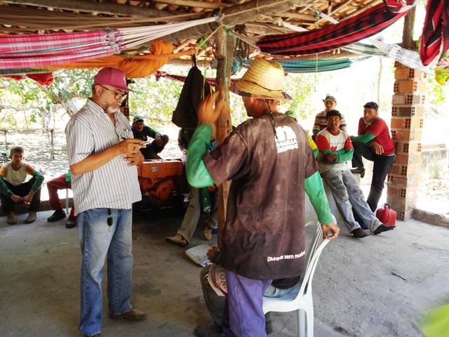 Fiscais flagram trabalhadores em situação degradante na zona rural de Luís Correia