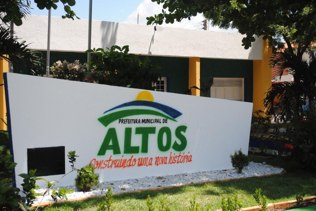 Prefeitura de Altos-PI abrirá 133 vagas em concurso público