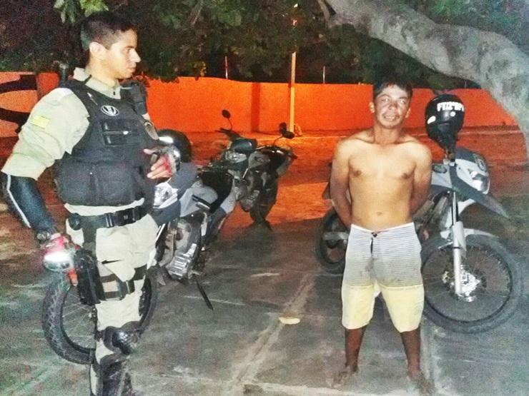 Homem é capturado e preso após invadir casa para furtar