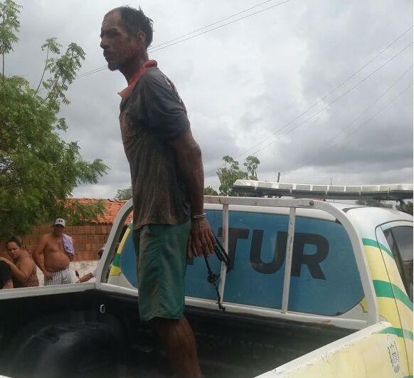 TRAGÉDIA! Homem executa esposa e o enteado com golpes de foice e tenta matar mais cinco pessoas em três casas em Cajueiro da Praia