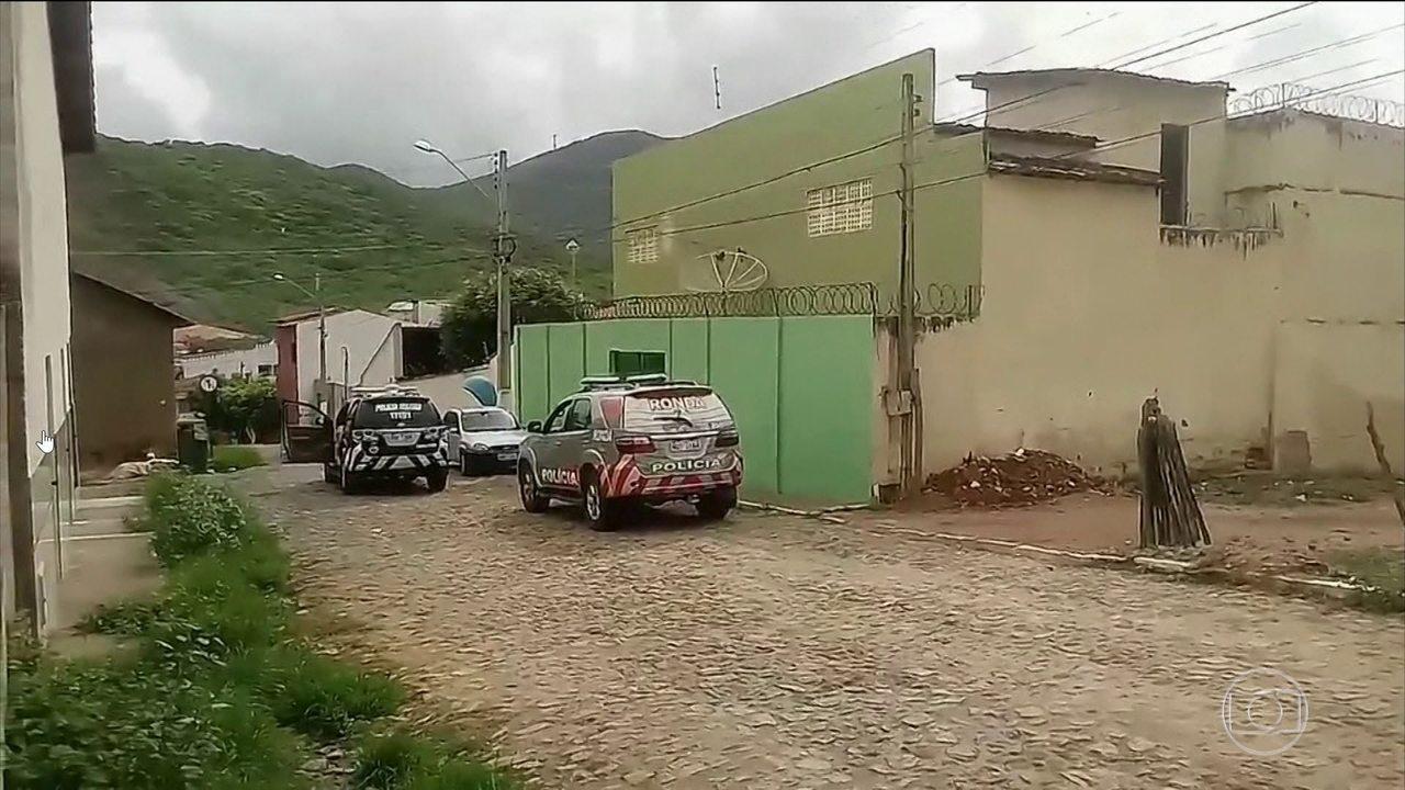 Briga entre facções rivais deixa 10 mortos em presídio no Ceará dois dias após chacina em Fortaleza
