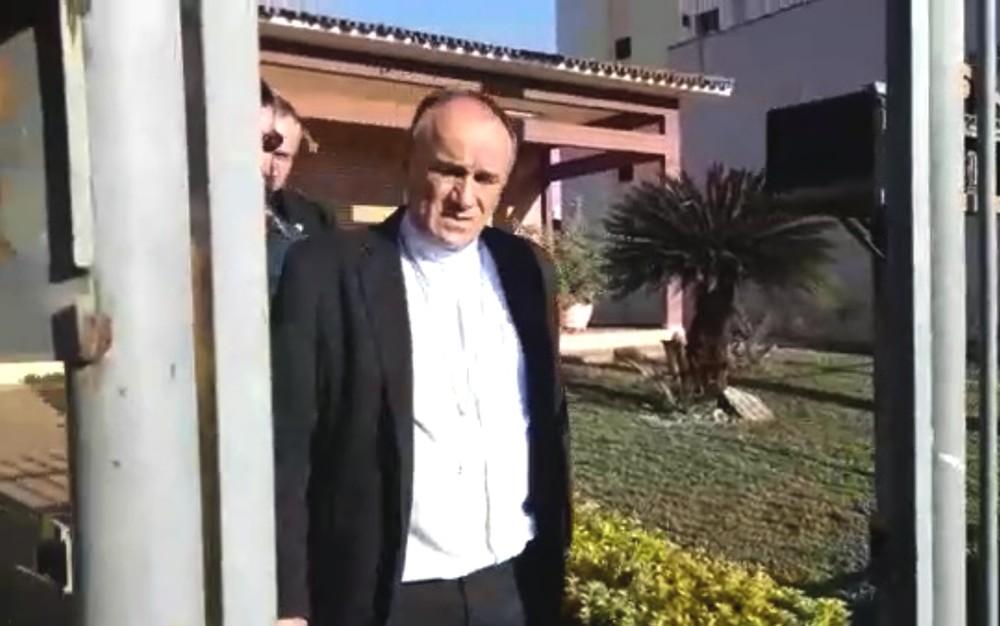DESVIO DE DINHEIRO: Bispo e padres são presos suspeitos de comprar fazenda com dízimo