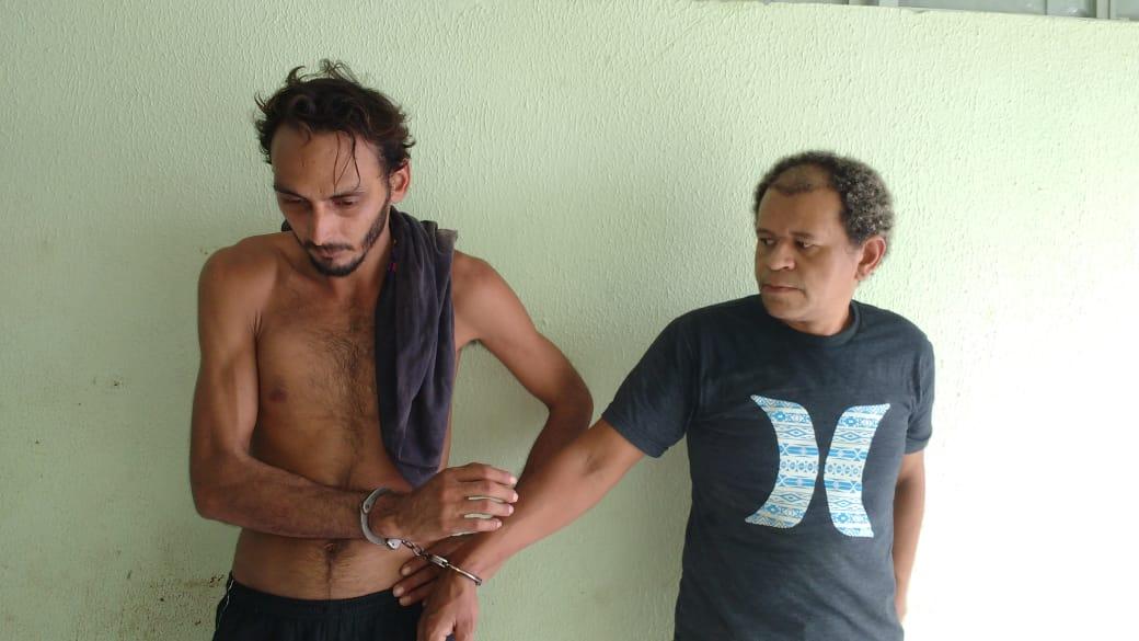 Dupla é presa em flagrante com 35 pedras de crack em Parnaíba