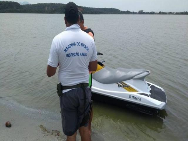 Marinha do Brasil apreende dois jet skis na Barragem do Bezerro, em José de Freitas