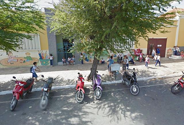 IRRESPONSABILIDADE: Por falta de convênio da prefeitura, Escola Capuchinhos pode fechar as portas