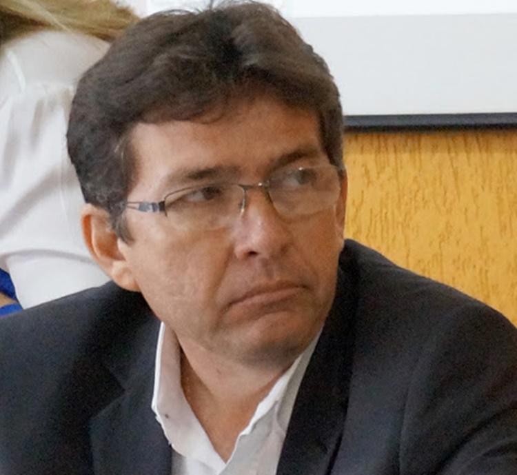 Mais um secretário pede demissão da gestão do prefeito Mão Santa