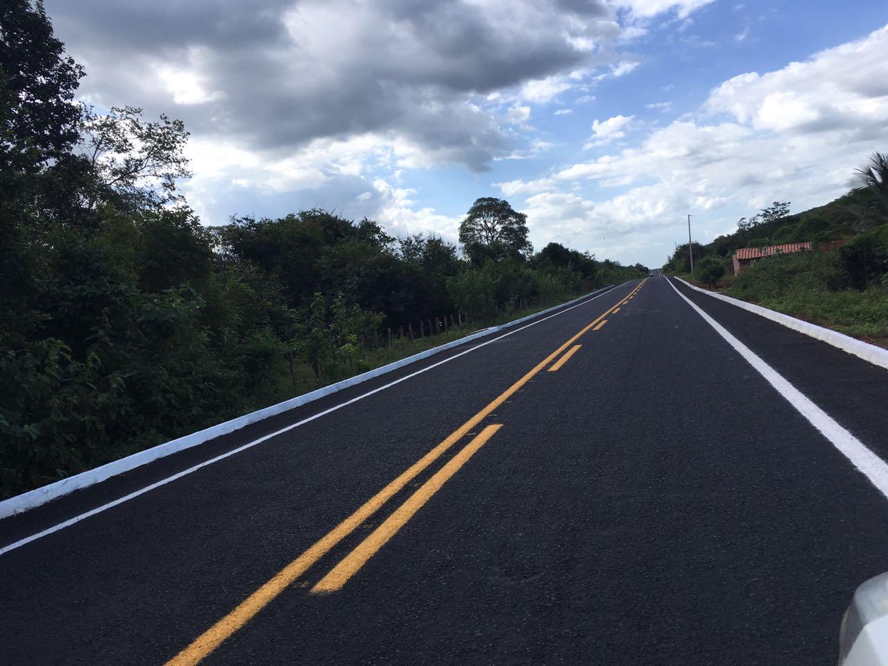 IDEPI está finalizando estrada que liga Cocal, Cajueiro da Praia e Barra Grande