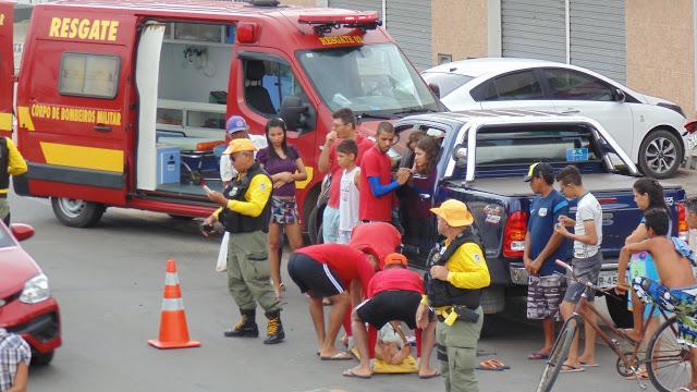 Homem fica ferido após ser atropelado por um veículo em avenida principal de Luís Correia