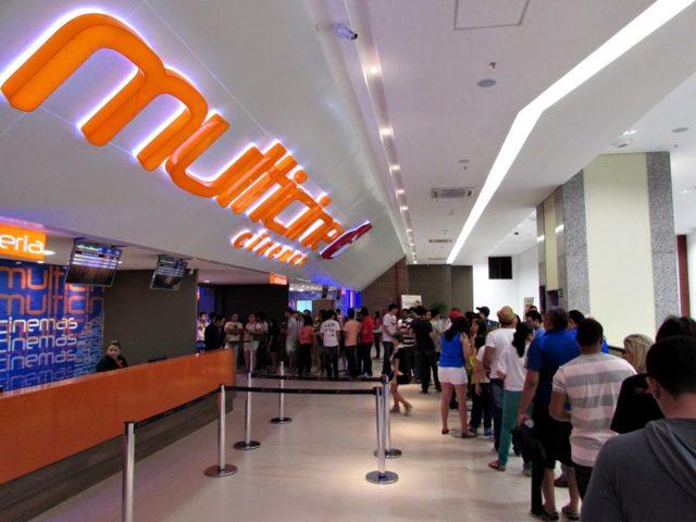 Cinema do Shopping faz venda casada e constrange clientes
