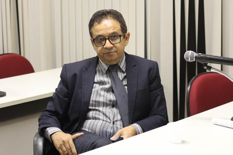 Mais votado em Parnaíba, Dr. Hélio ironiza desempenho de Mão Santa como cabo eleitoral