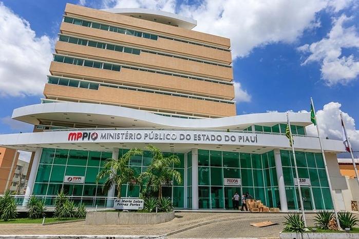 MP-PI lança edital de concurso público para Promotores com salários de quase R$ 25 mil