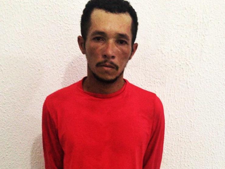 Homem é preso por agredir a própria mãe e tentar incendiar a casaem Buriti dos Lopes