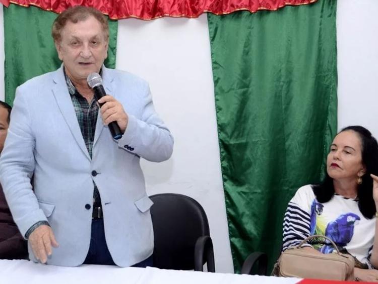 Promotor Cristiano Peixoto investiga prefeito Mão Santa por irregularidades em licitação em Parnaíba