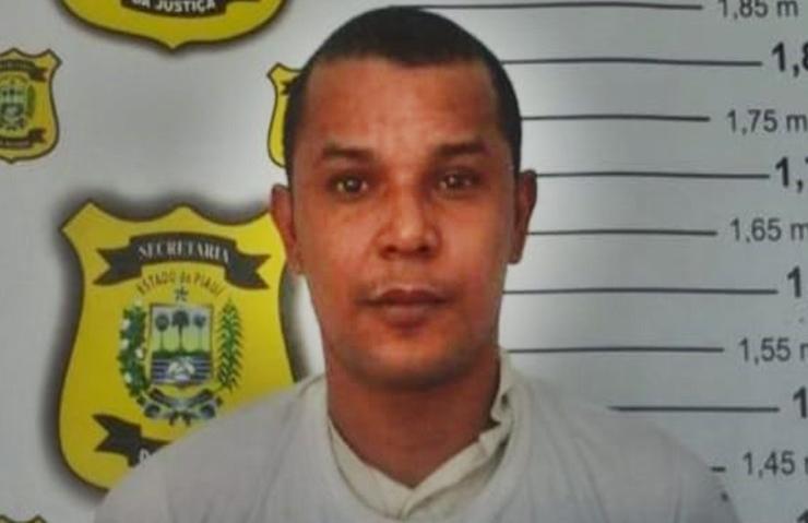 Homem é encontrado morto em calçada com tiro nas costas no Bairro Rodoviária, em Parnaíba
