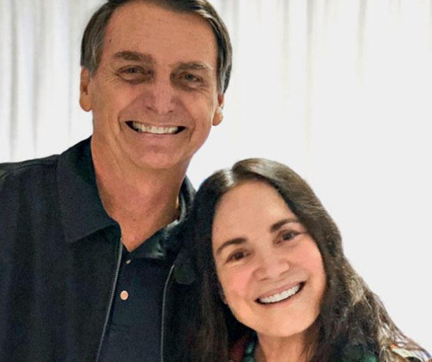 Defensora de Bolsonaro, Regina Duarte se revolta com decisões do novo governo