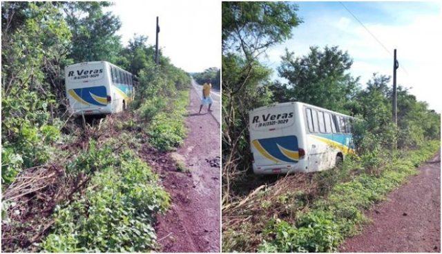 Ônibus da empresa R. Veras quebra barra de direção e desce aterro em Buriti dos Lopes