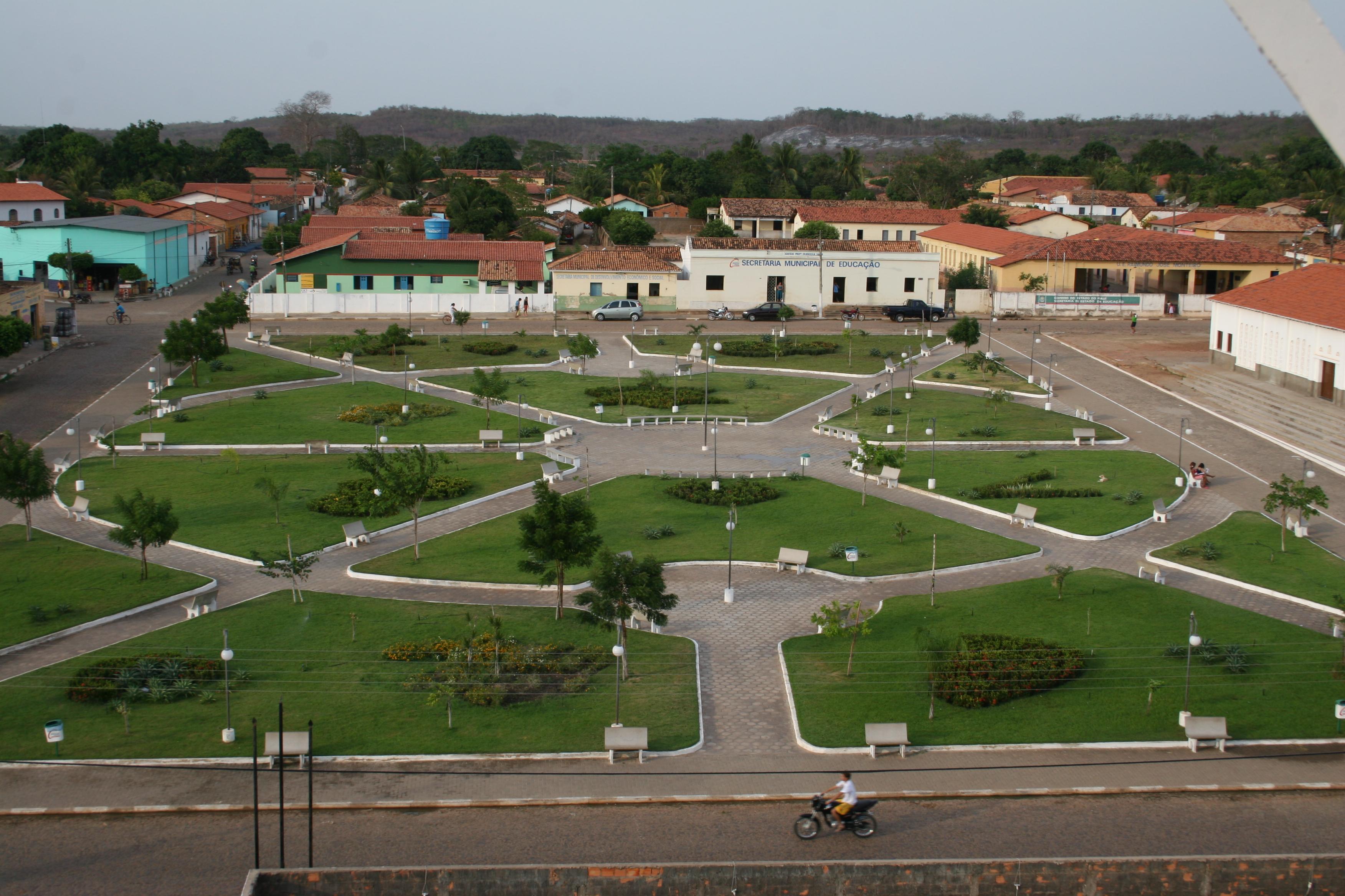 Prefeitura de Joaquim Pires divulga edital de concurso com 95 vagas