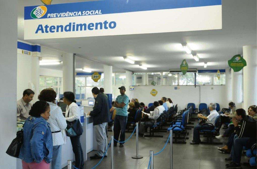 INSS vai suspender o pagamento de 1 milhão de pessoas este mês