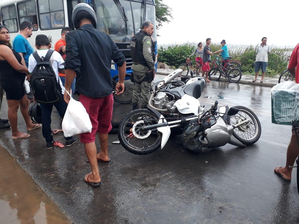 Mulher morre após colisão entre duas motos em Parnaíba