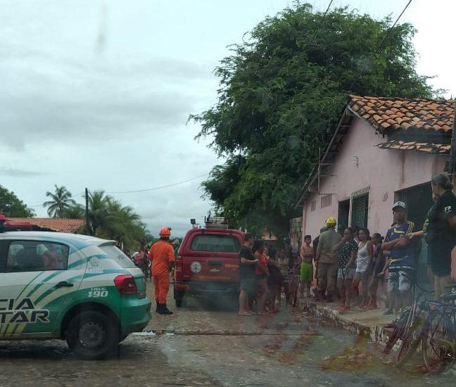 TRAGÉDIA: Desabamento de casa mata uma pessoa no bairro Centro, em Luís Correia