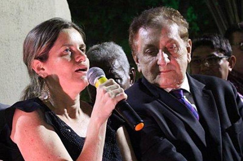 Mão Santa viaja a Brasília e nomeia Gracinha para comandar prefeitura