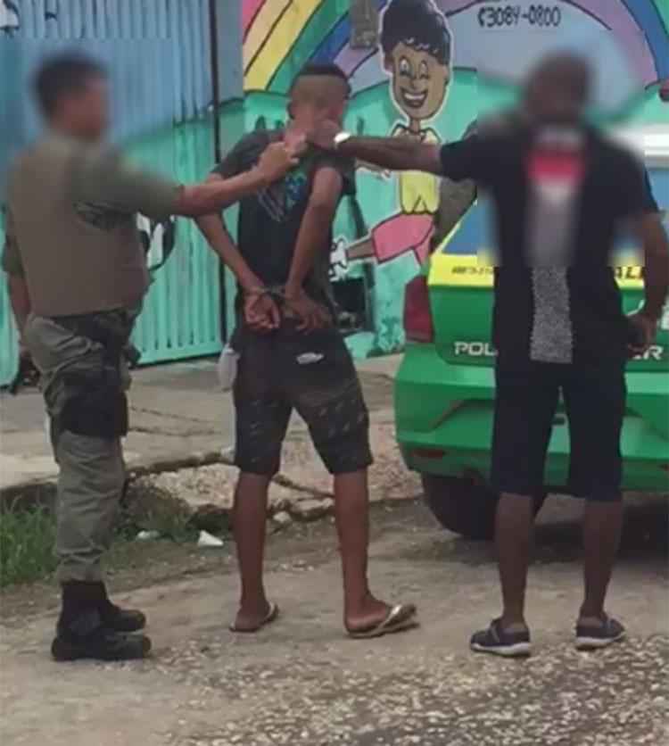 """Policiais suspeitos de agredirem menor são presos e comandante alerta: """"não devem entrar na pilha"""""""
