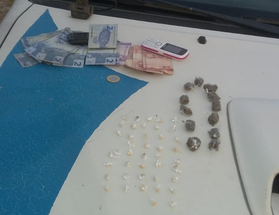 Polícia Militar prende irmãos com drogas em Parnaíba