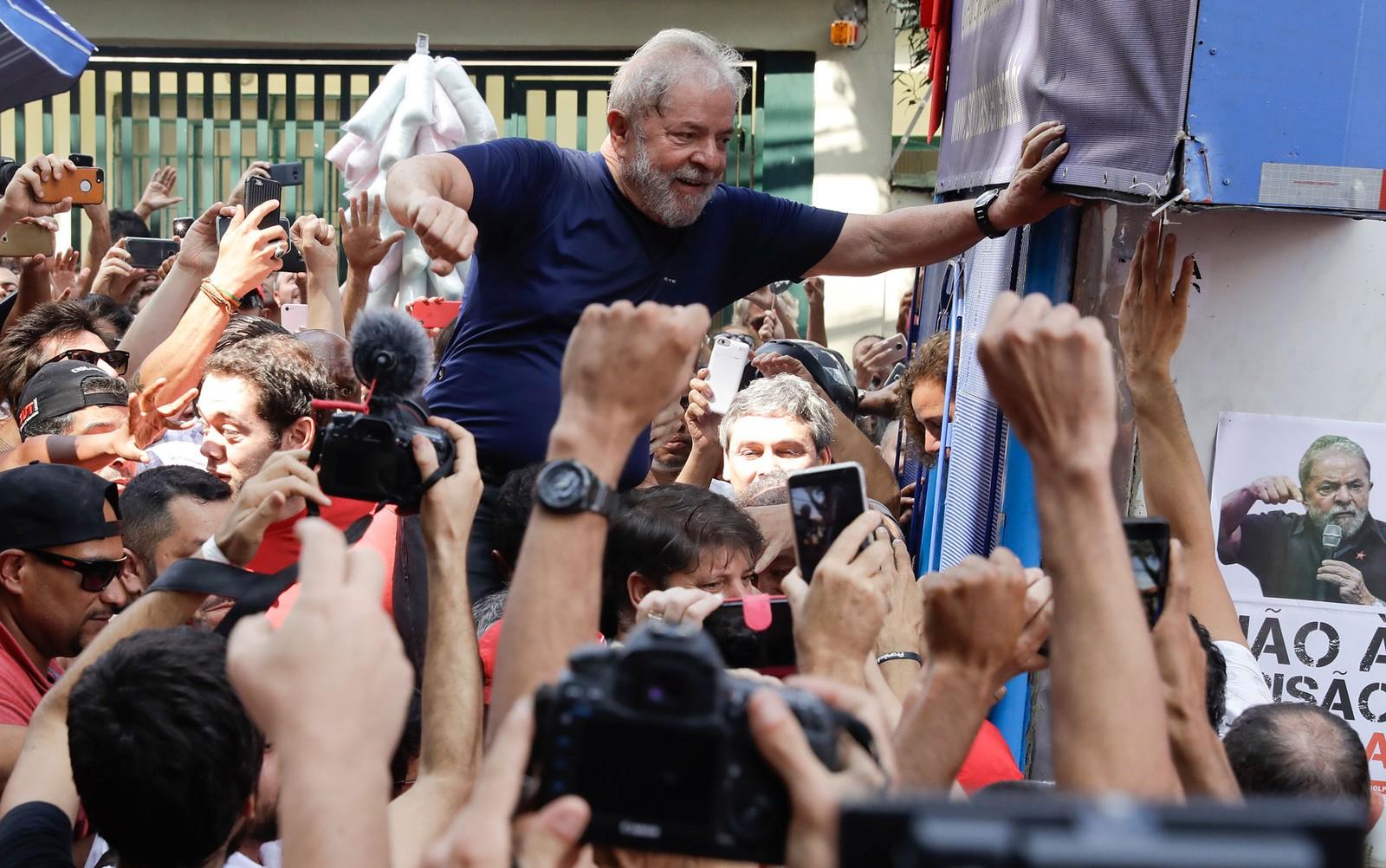 MP diz ao STJ que Lula tem direito de ir para o regime semiaberto