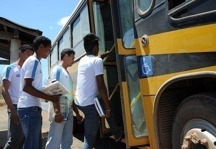 Estado abre consulta pública para licitação de transporte escolar