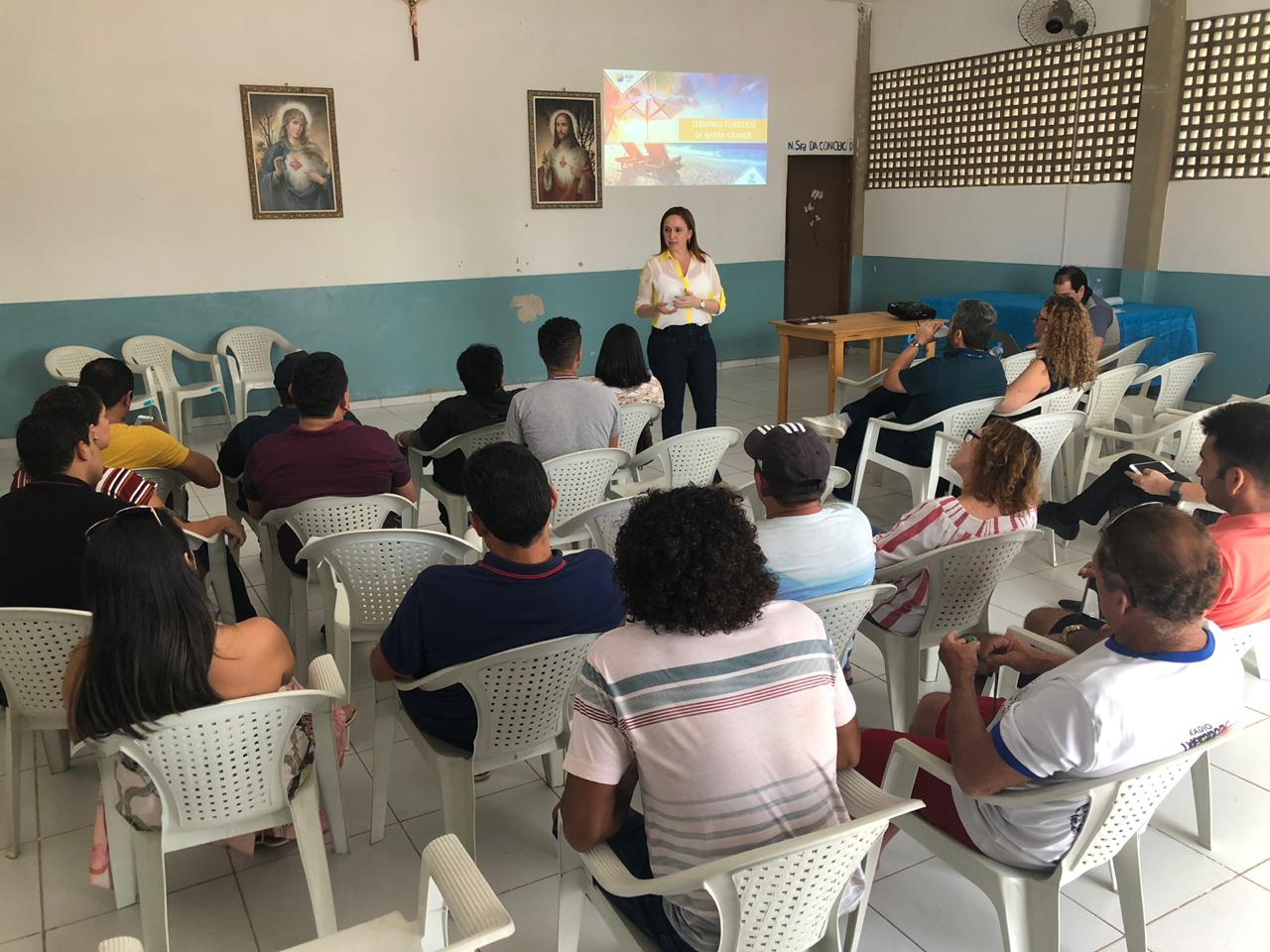 População de Cajueiro da Praia conhece projeto de PPP do Terminal Turístico de Barra Grande