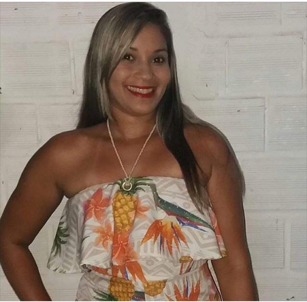 Nota de pesarpelo falecimento de Aline de Sousa Brito